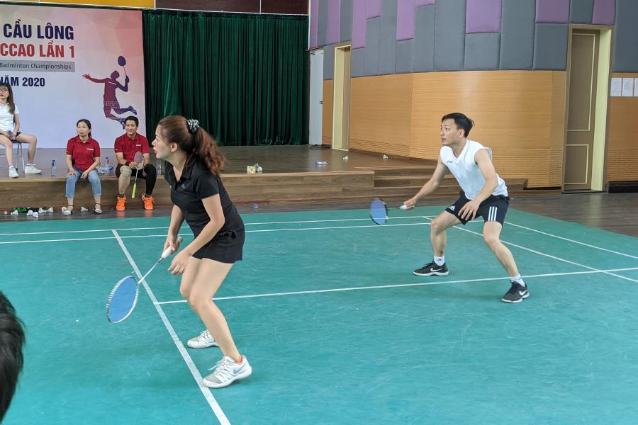 thi đấu cầu lông